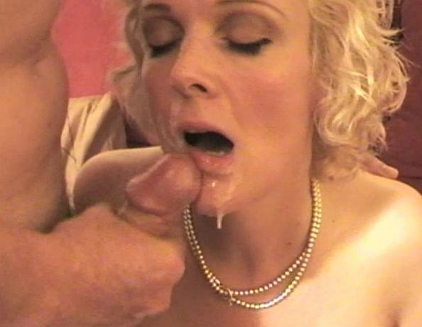 Holly madison kendra nude